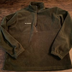 Columbia half-zip. Dark green. Medium.